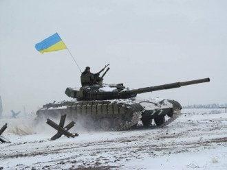 Силовики танками раздавили позиции десантников из РФ