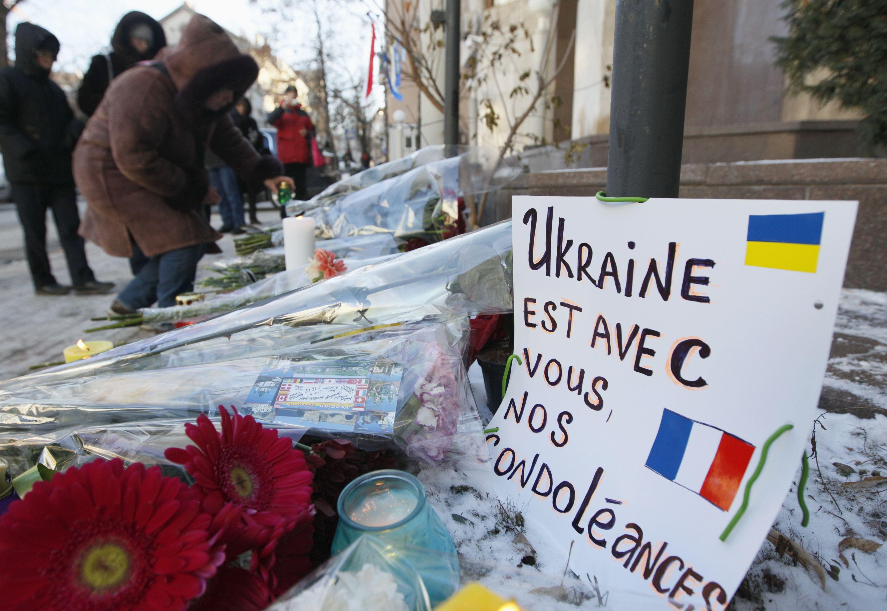 Украинцы близко к сердцу восприняли смерть французских журналистов