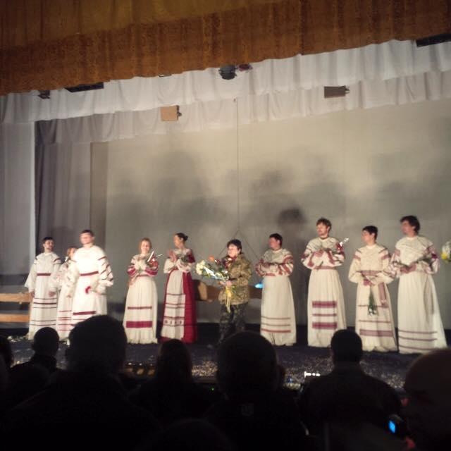 """Марию Матиос и ее спектакль """"Нація"""" на Луганщине """"приветствовали"""" обстрелами"""