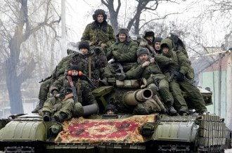 Танк боевиков в Донецке