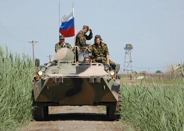 Российские военный на учениях, иллюстрация
