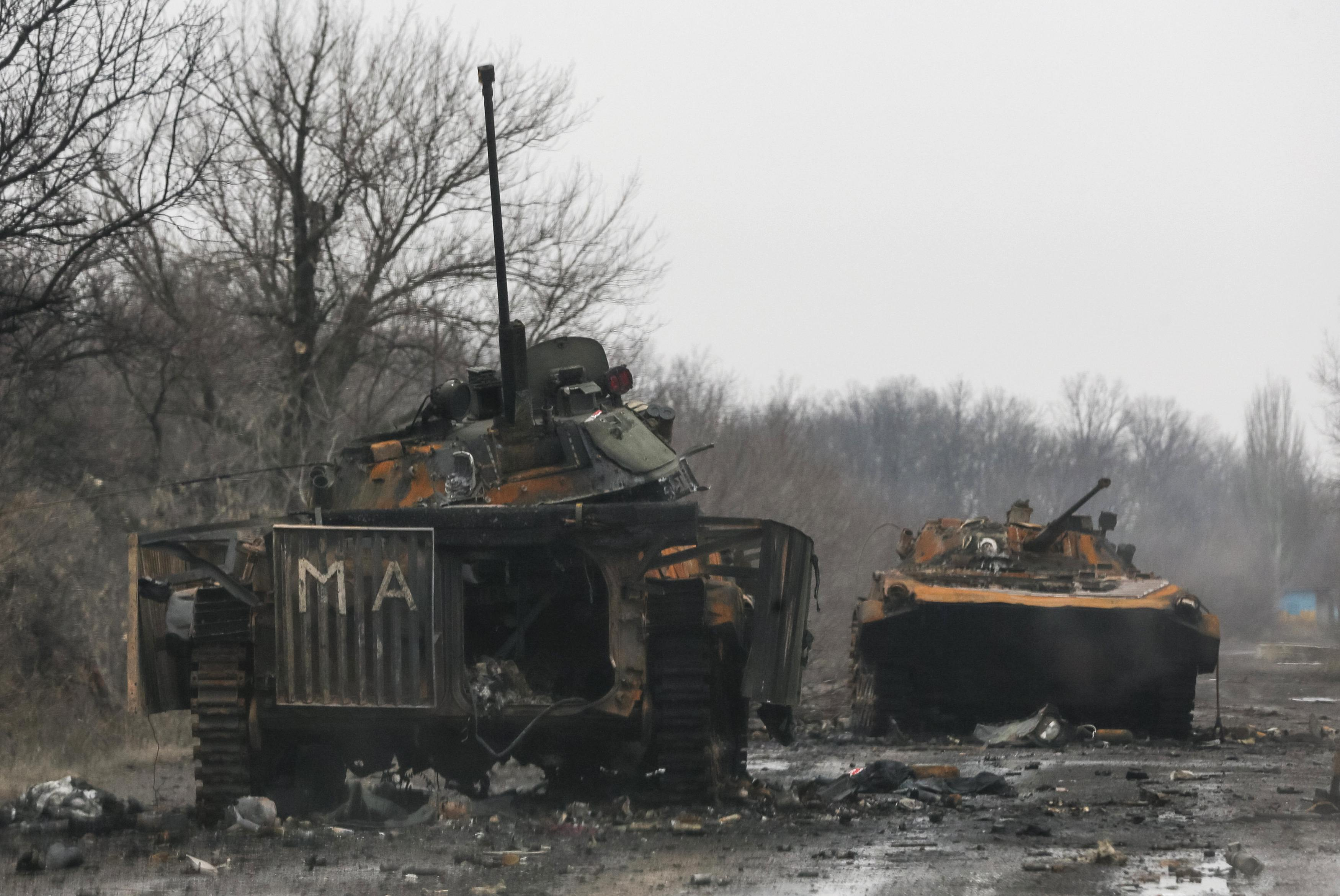 Побитая техника боевиков в Углегорске