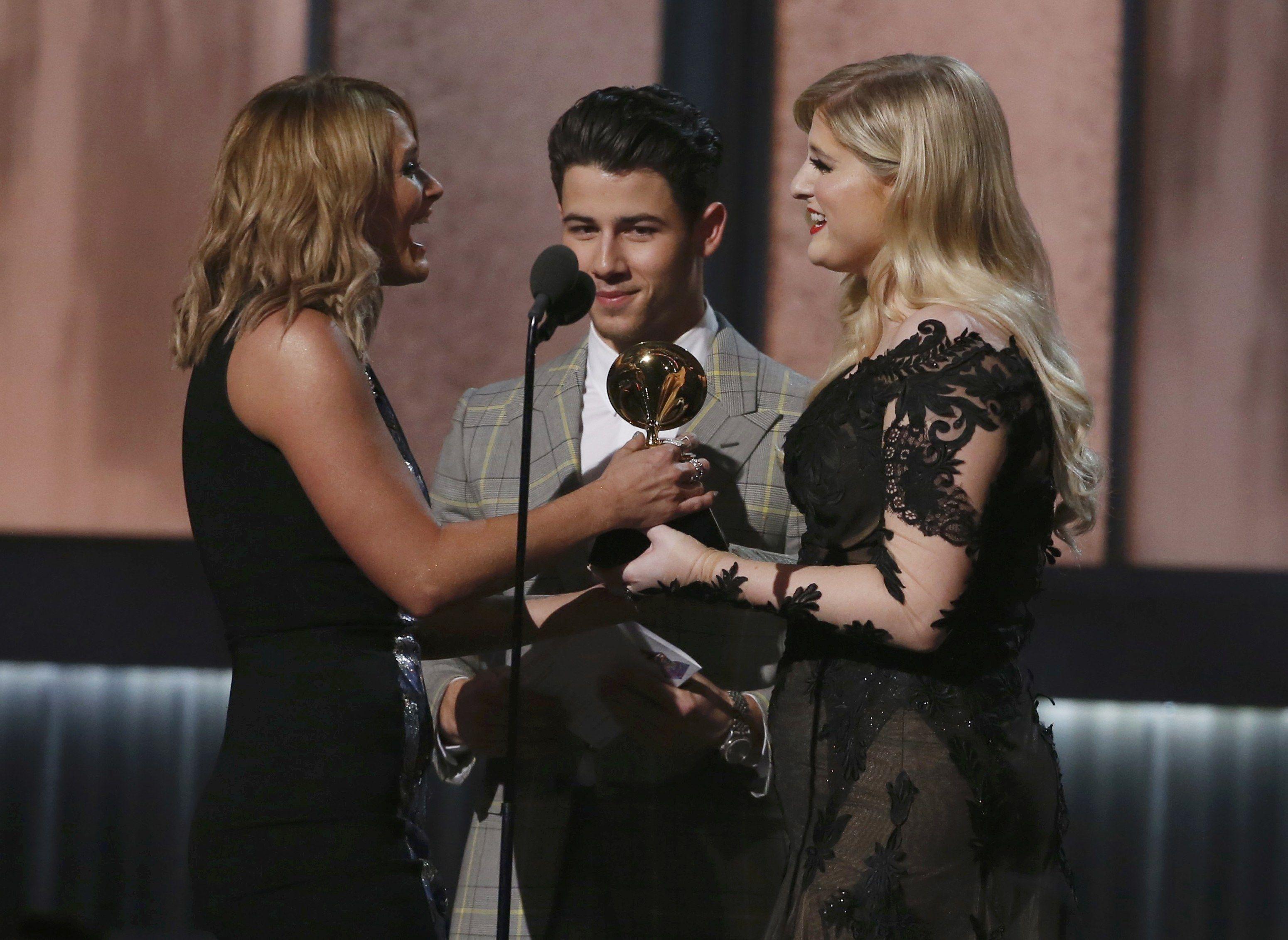 Рианна, Бейонсе и Фаррелл Уильямс получили награды Grammy-2015