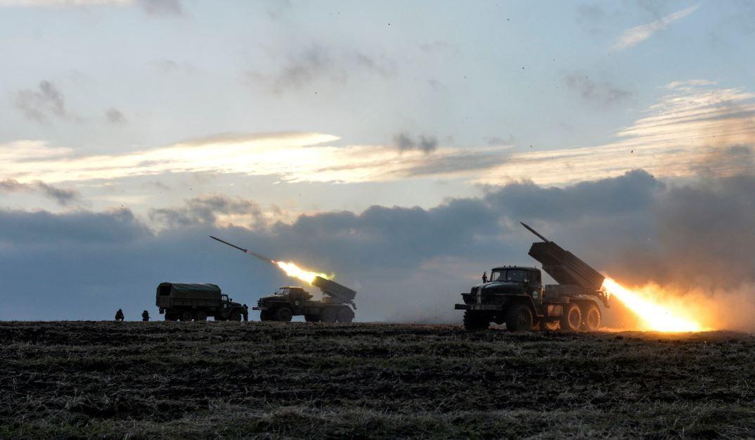 Силовики наносят удары по боевикам под Дебальцево
