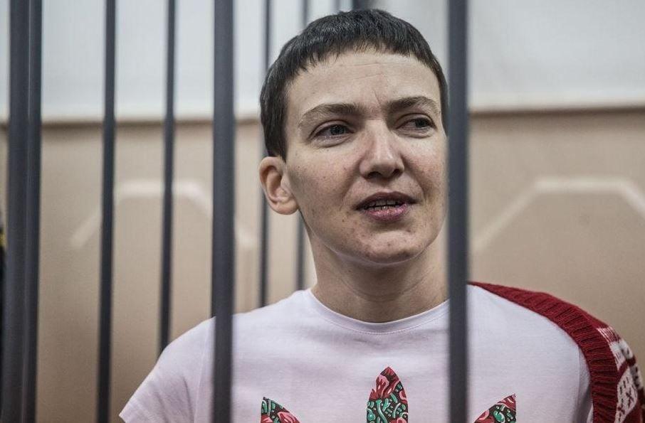 Надежда Савченко во время суда в Москве