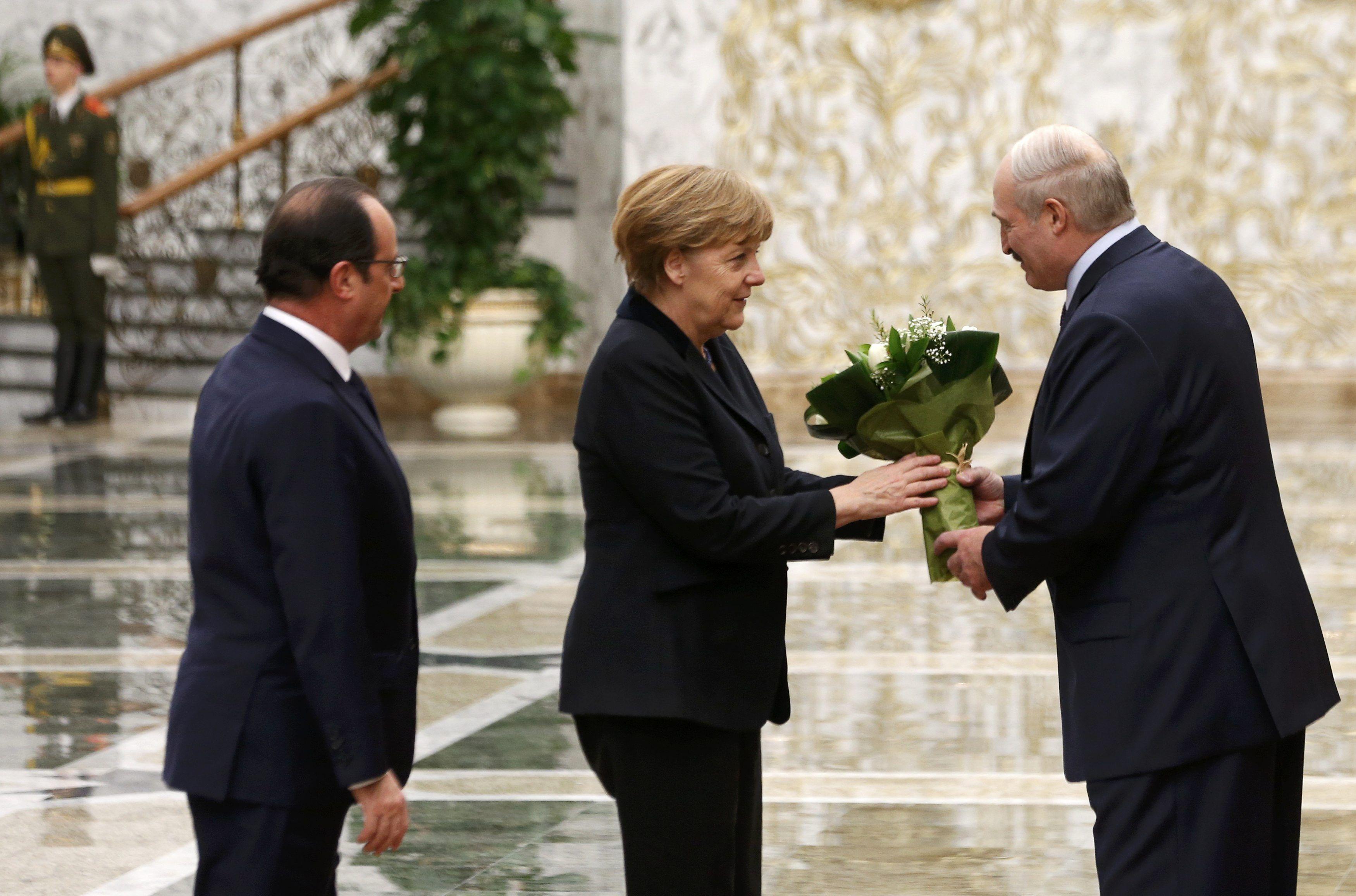 Франсуа Олланд, Ангела Меркель и Александр Лукашенко