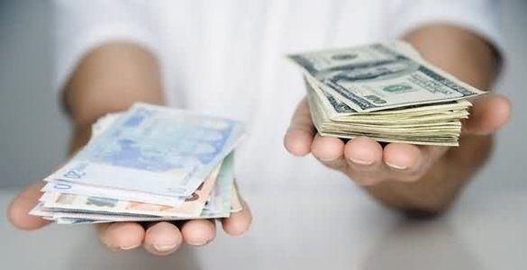 Курс гривны к доллару и евро снова подрос