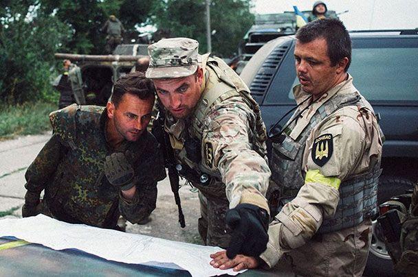 Дмитрий Кулиш (в центре) с Семеном Семенченко (справа)