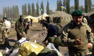 Иса Мунаев в лагере сил АТО