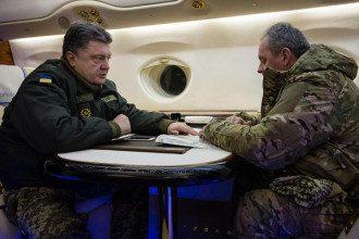 Президент Петр Порошенко и начальник Генштаба Виктор ВСУ Муженко