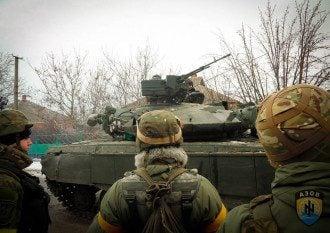Силовики продолжают наступление на Новоазовск