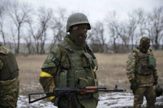 Украинские бойцы после выхода из Дебальцево