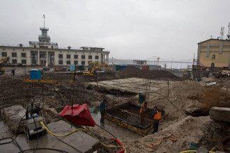 Раскопки древнекиевской улицы на Почтовой площади