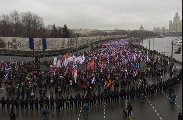 Марш в центре Москвы