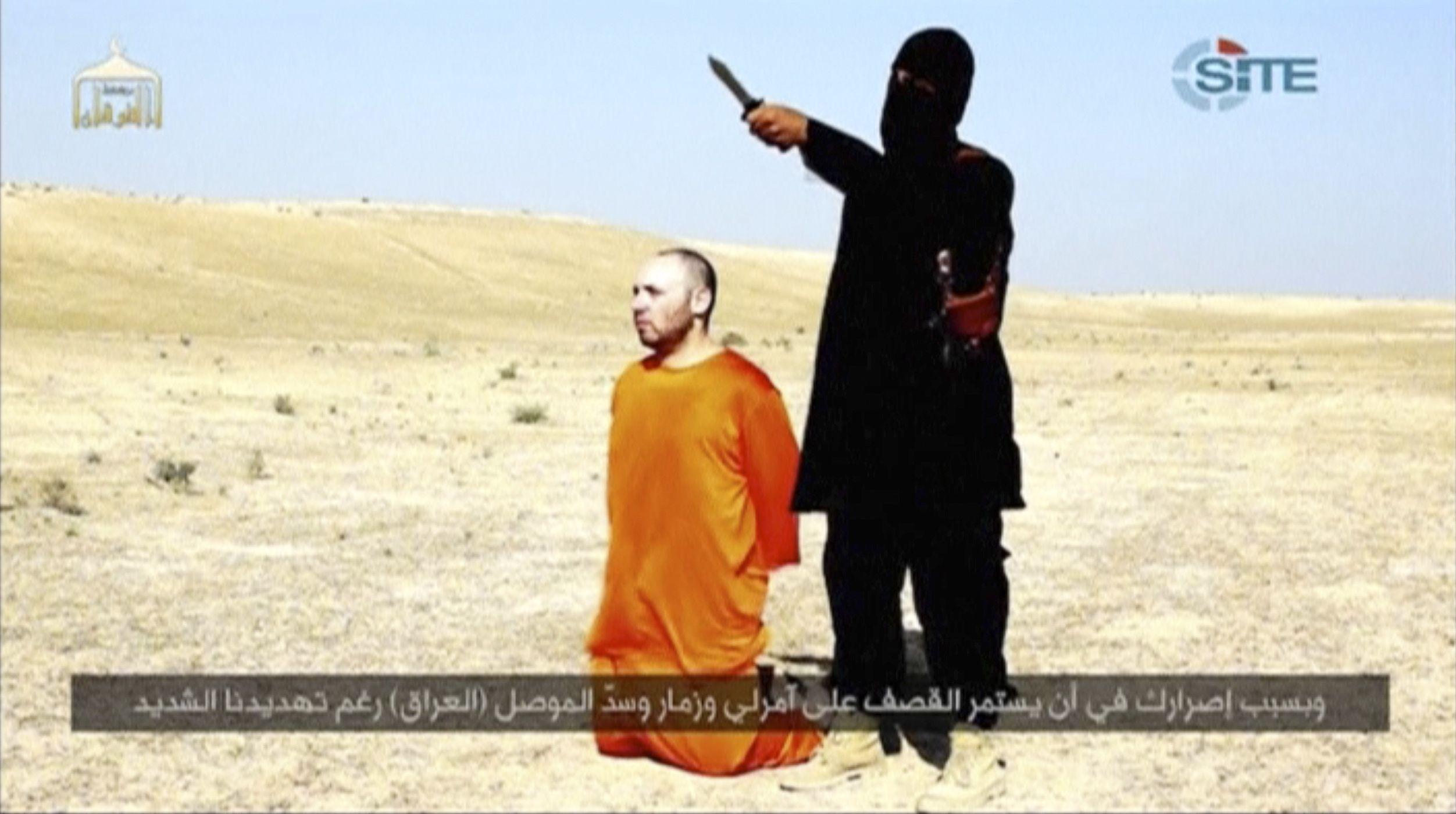 Боевики обеих группировок известны крайней жестокостью