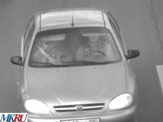 Опубликованы фото предполагаемых убийц Немцова в авто