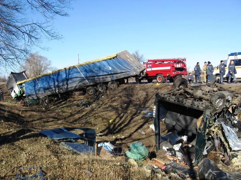 Разбитый грузовик