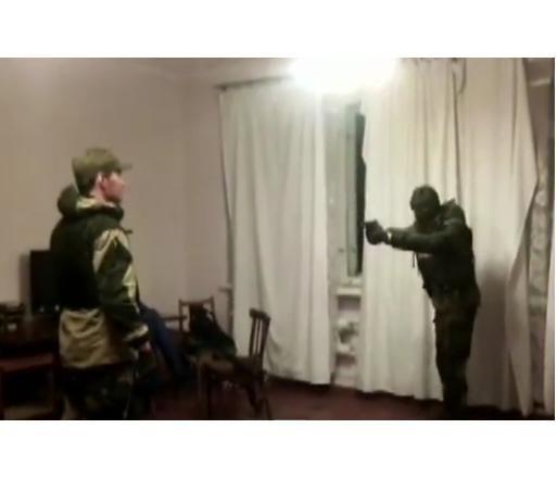 Боевик расстрелял товарища в бронежилете