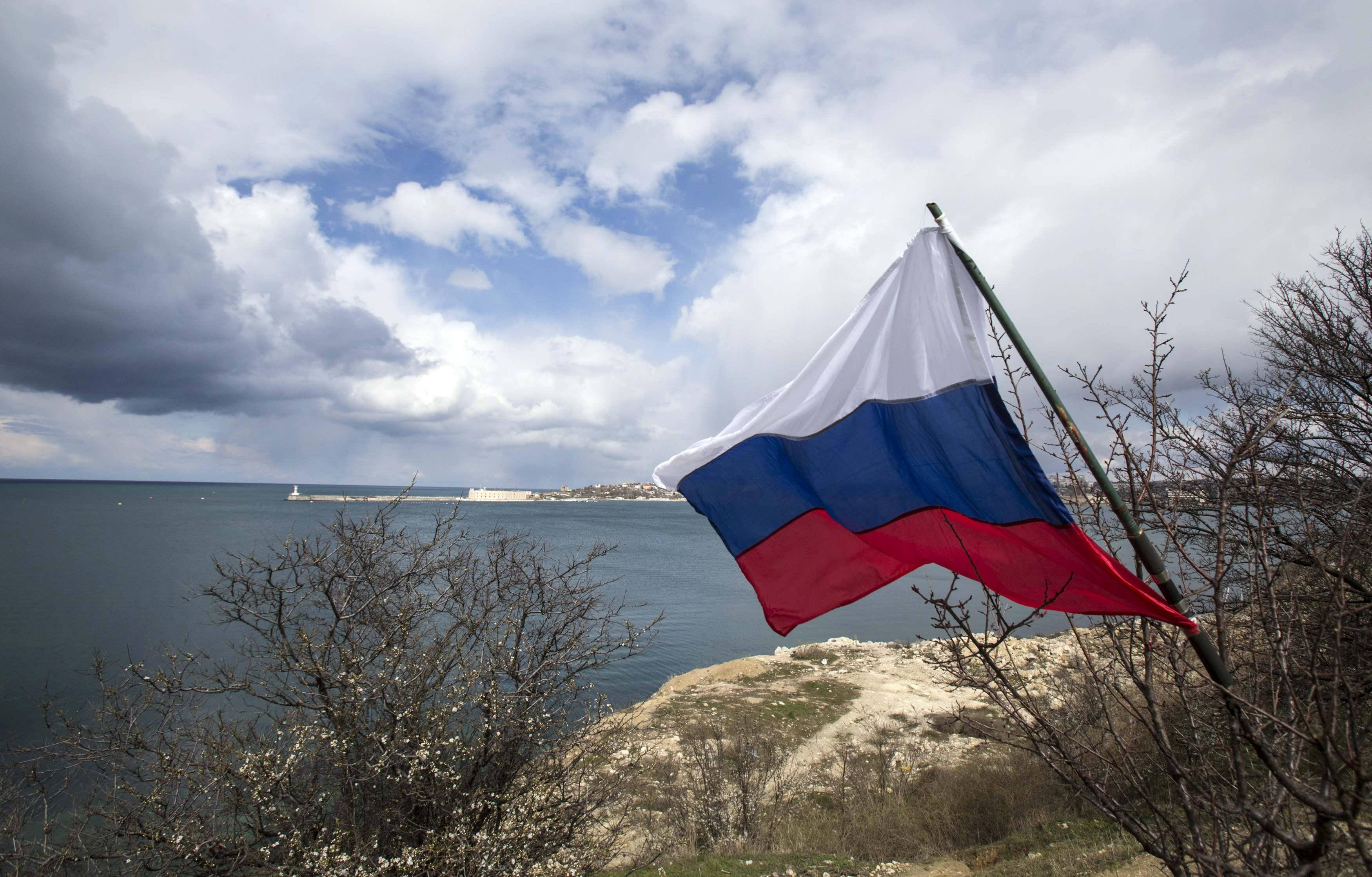 Эксперт полагает, что РФ держится на единственной ценности — это внешние угрозы