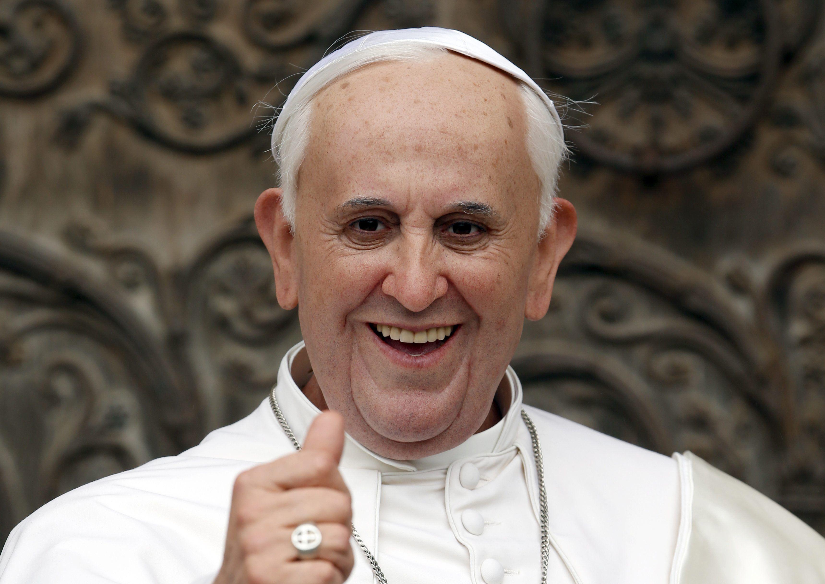 Папа Римский покусился на святое