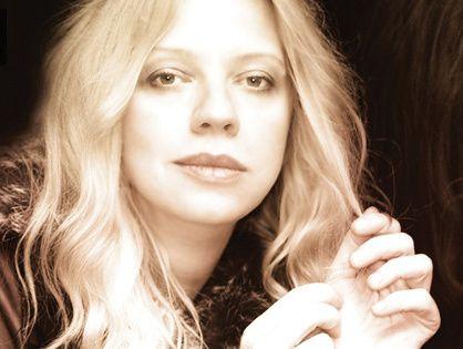 Пианистка Валентина Лисица