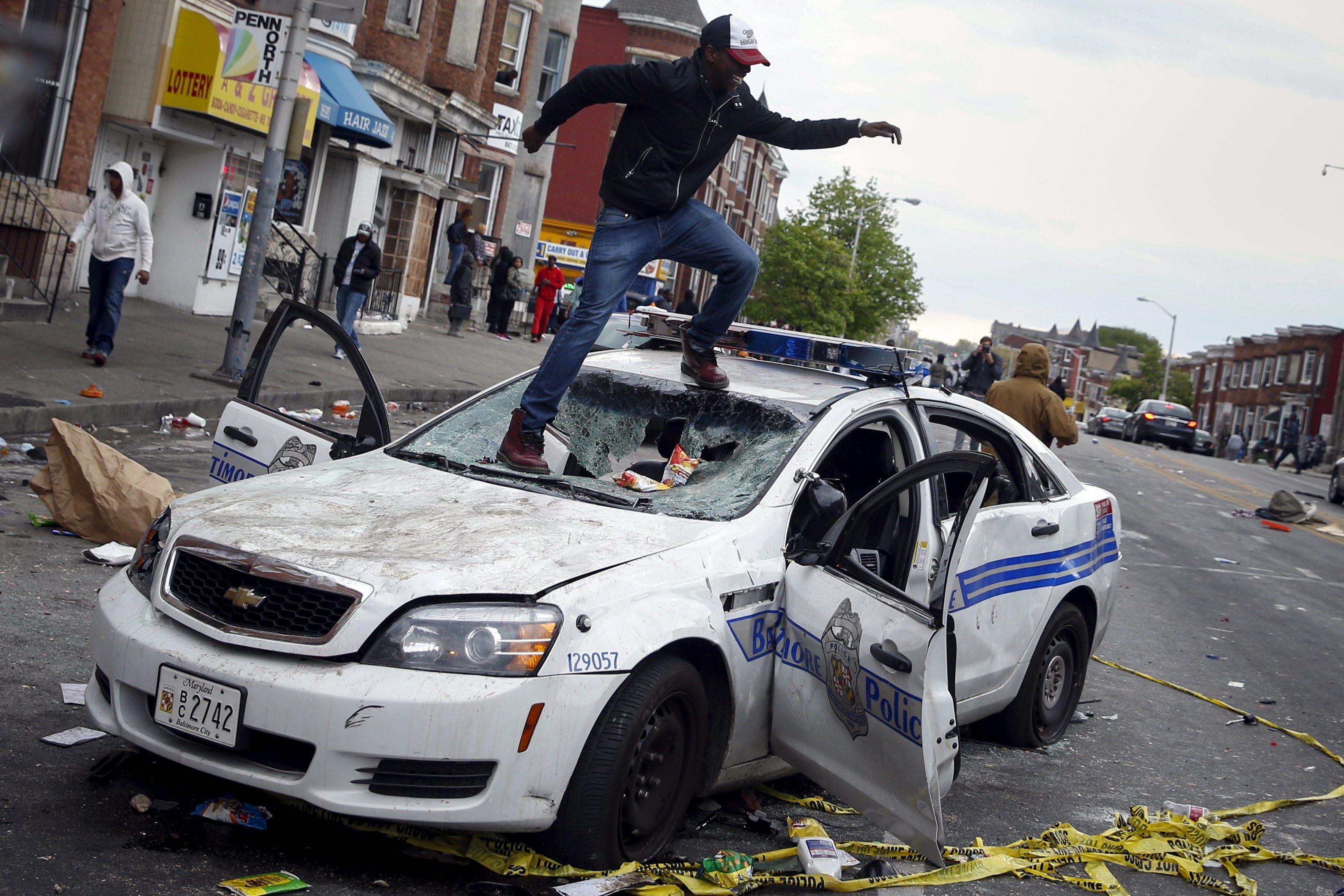 Погромы в Балтиморе