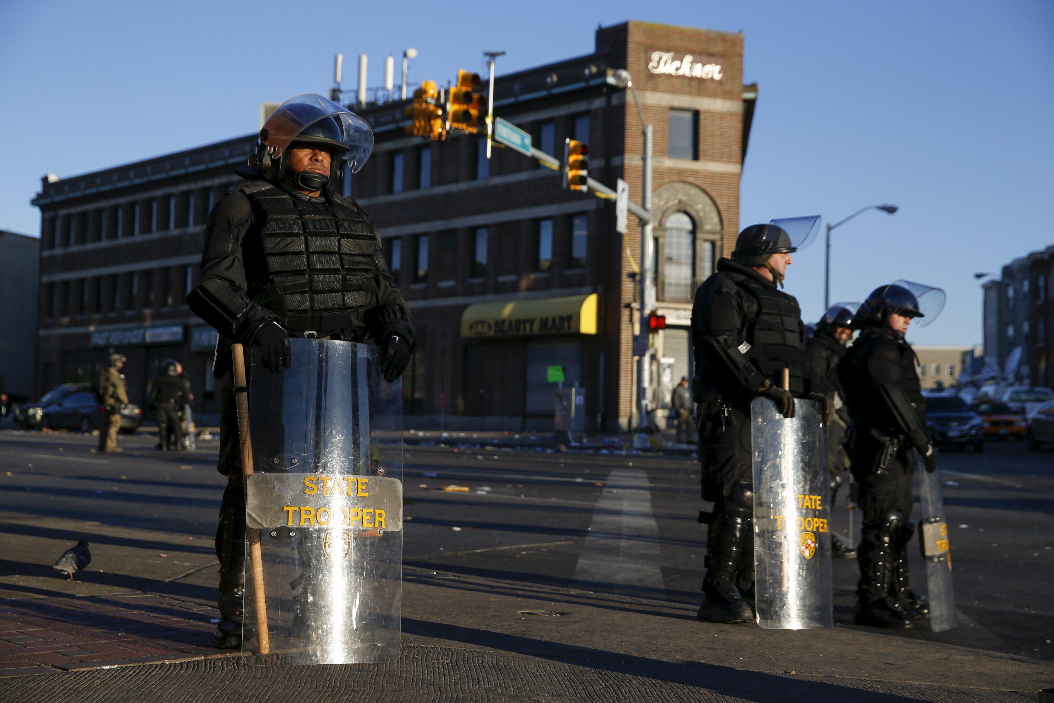 На помощь полиции в Балтимор ввели Нацгвардию