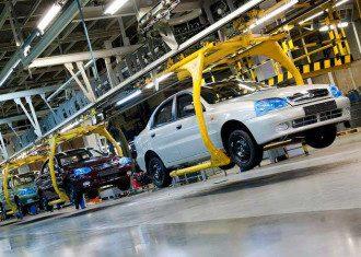 В Украине автопроизводство рухнуло в 3,5 раза