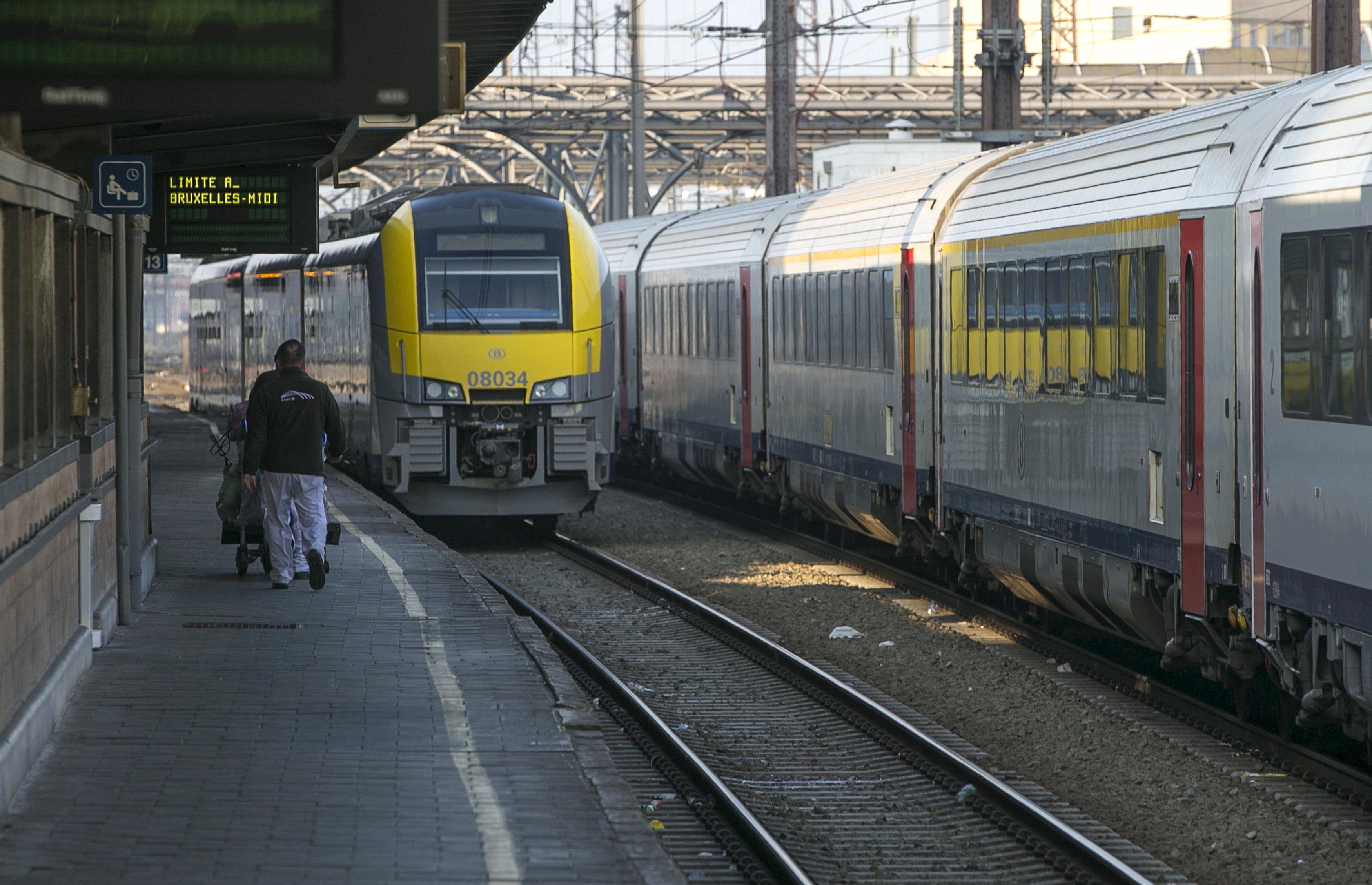В Германии остановились все пассажирские поезда