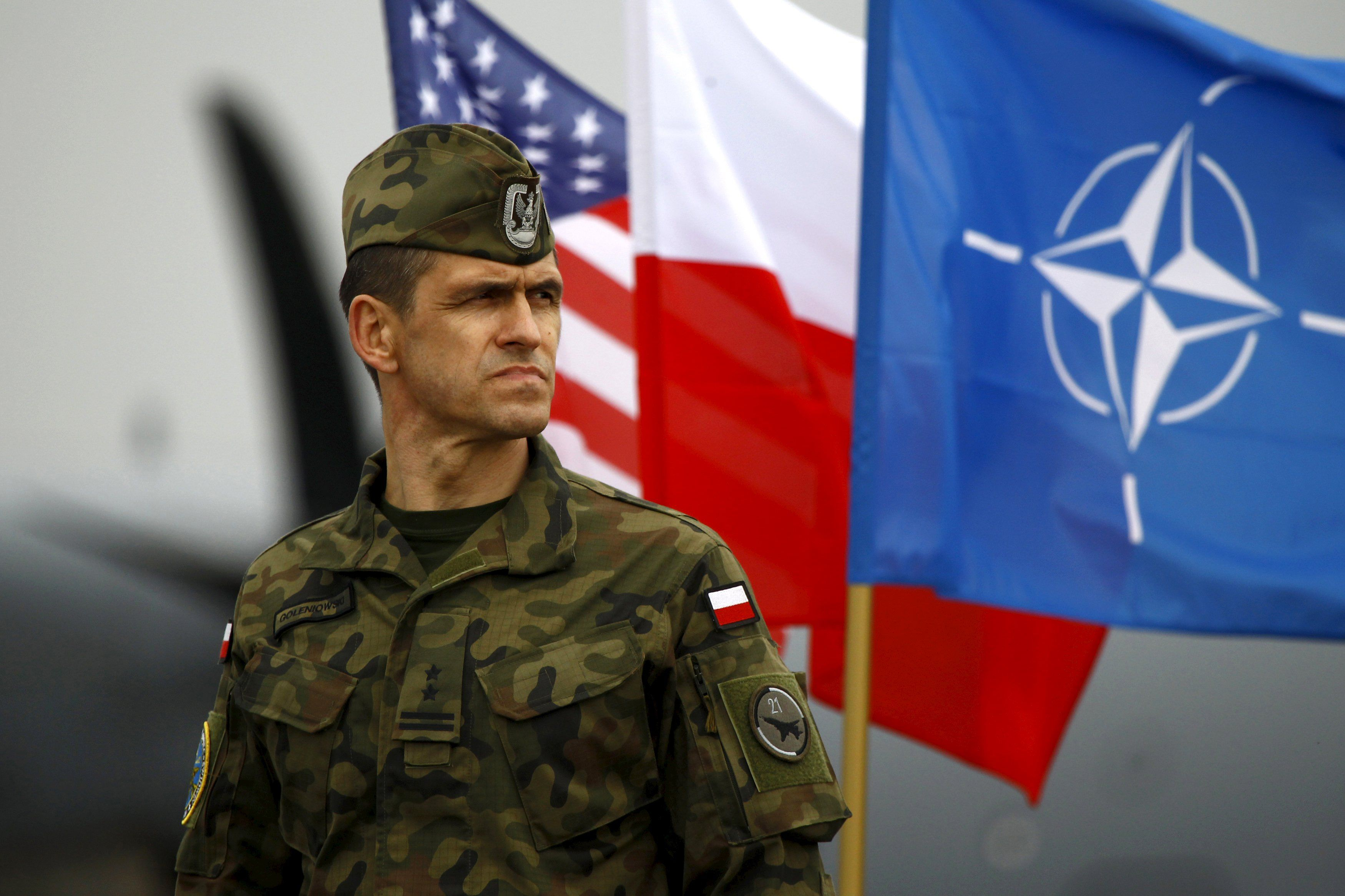 НАТО откроет региональные штабы в Венгрии и Словакии