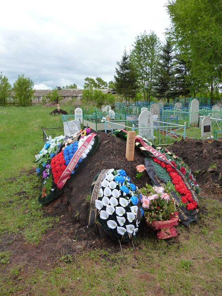 Могила ГРУшника, погибшего на Донбассе