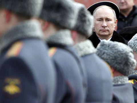 Путин урезает расходы на армию