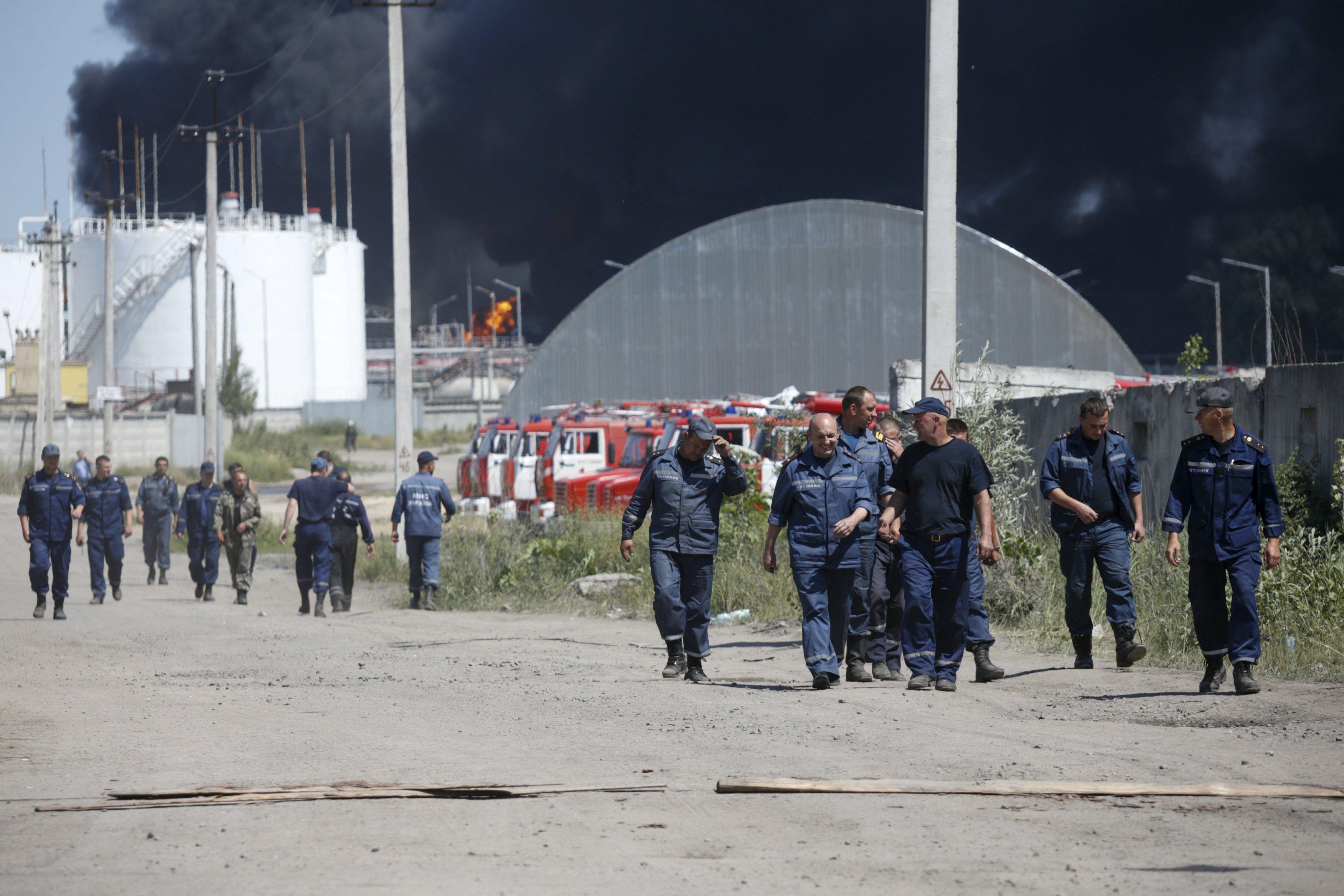 Нефтебаза под Киевом, иллюстрация