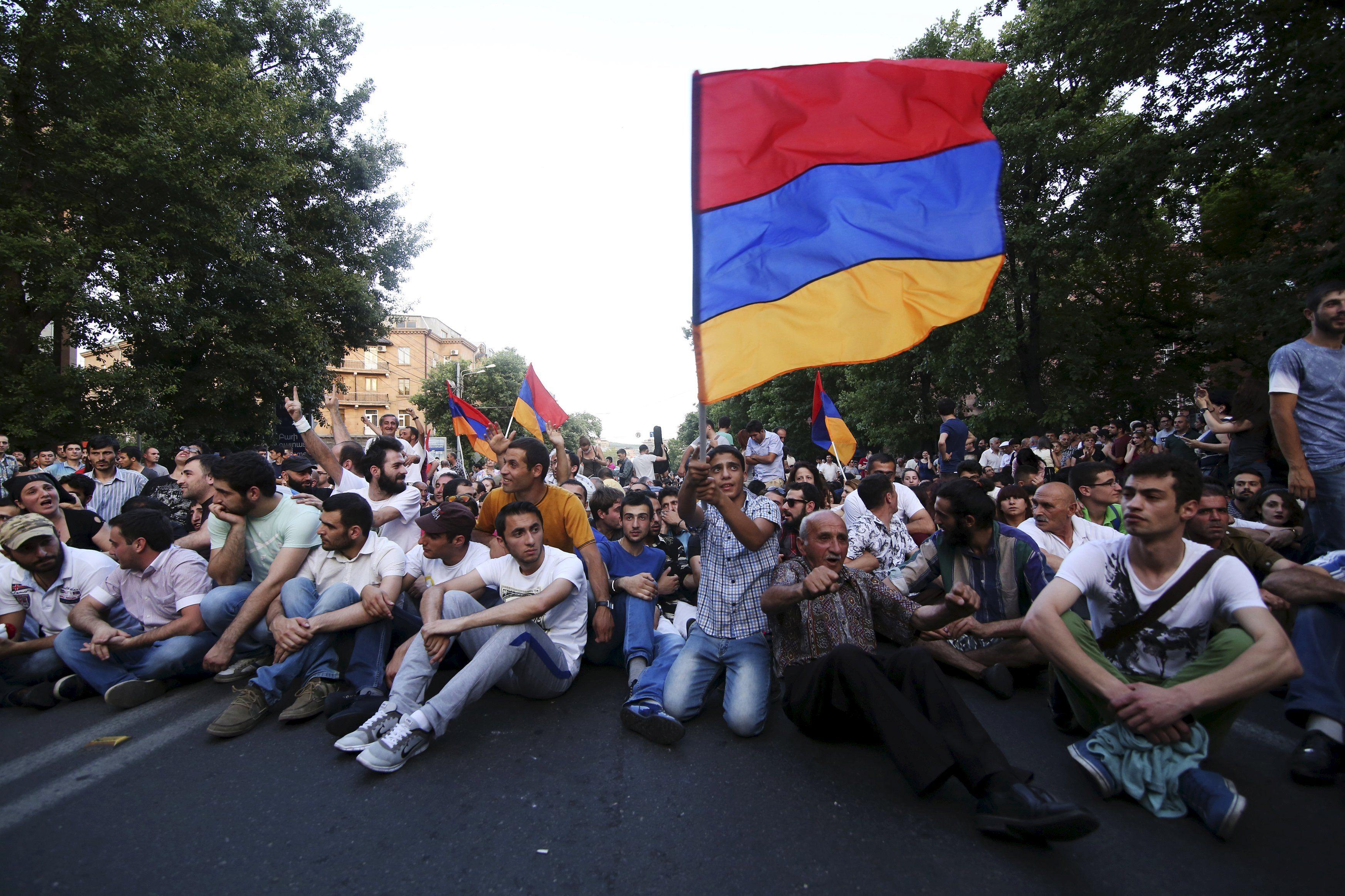 ЭлектроМайдан в Ереване