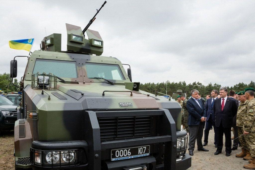 """Нацгвардию вооружили бронеавтомобилями  """"Козак-II"""": опубликовано видео"""