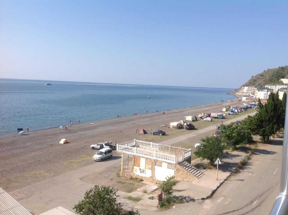 Крым-2015. Пустые пляжи Рыбачьего