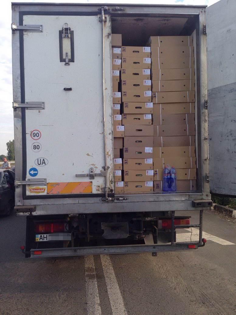 Под Волновахой задержали  грузовик с контрабандой