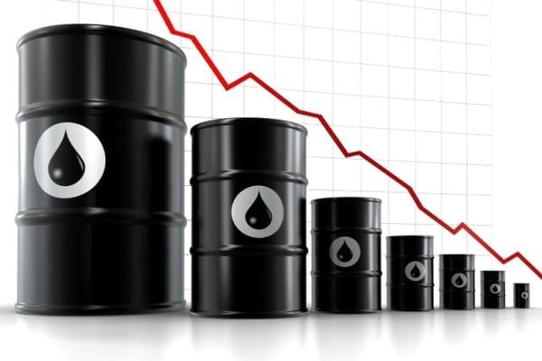 Мировая цена нефти продолжает стремиться вниз