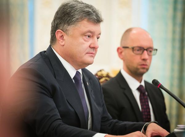 Президент Петр Прошенко и премьер Арсений Яценюк