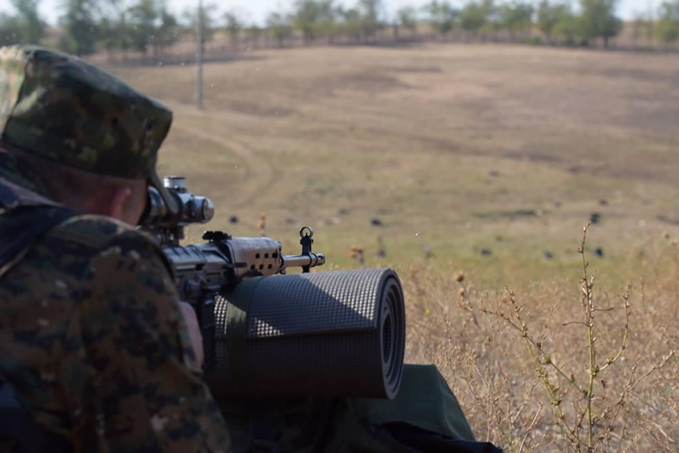 Работает снайпер