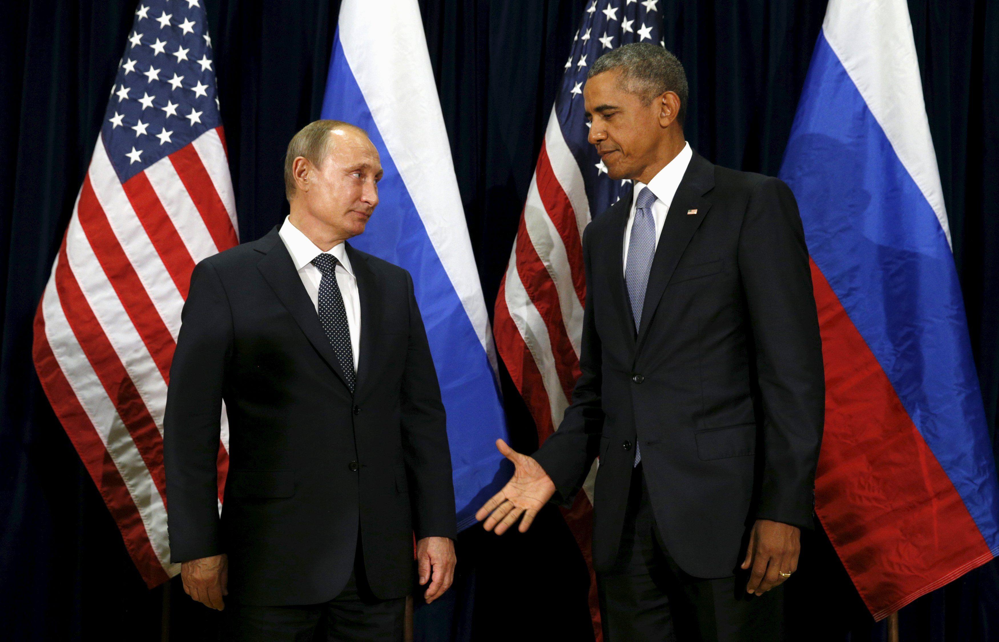 Политтехнолог сообщил, что Владимир Путин начал проявлять агрессивность в мире из-за того, что хотел соответствовать Бараку Обаме