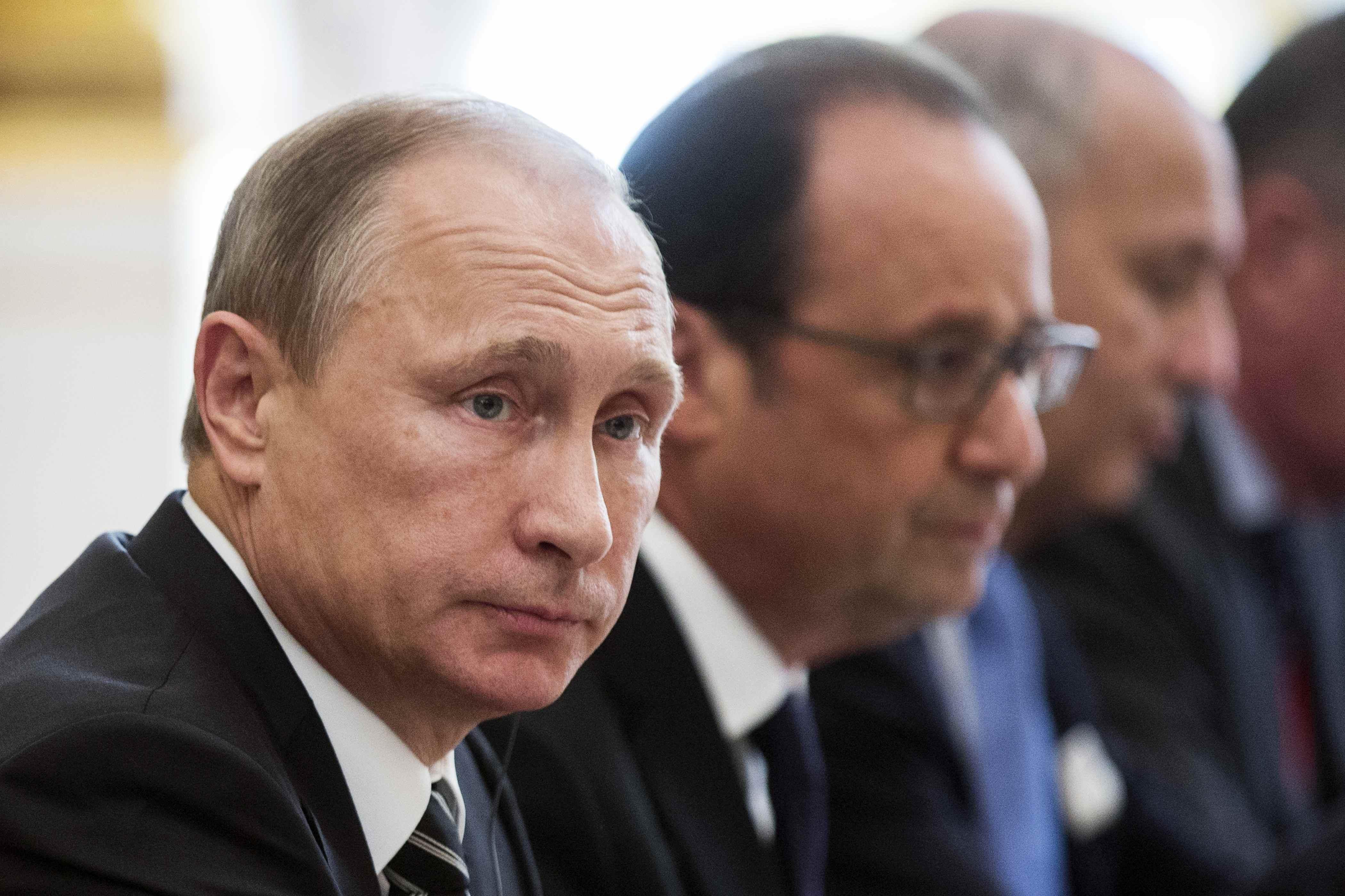 Почему Путин игнорирует нормандский формат