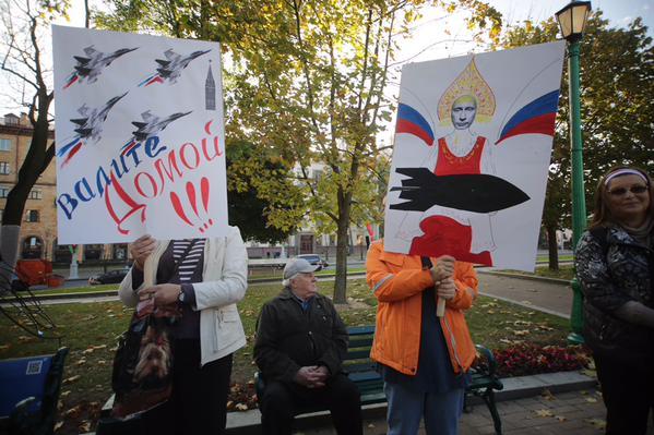 Протесты в Беларуси против размещения авиабазы РФ.
