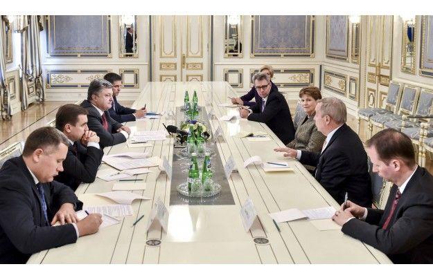 Встреча Порошенко с американскими сенаторами
