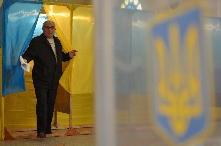 В Днепропетровске фальсифицируют избирательные протоколы