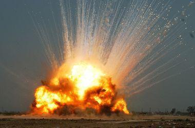 В Сватово пожар на складах с боеприпасами