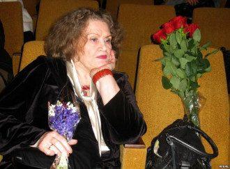 Ліна Костенко відзначає 91-й день народження