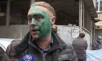 В 2015 году Гаранджа облил Мирошниченко зеленкой