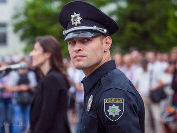 Фацевич пообещал, что копов перевооружат и переоснастят