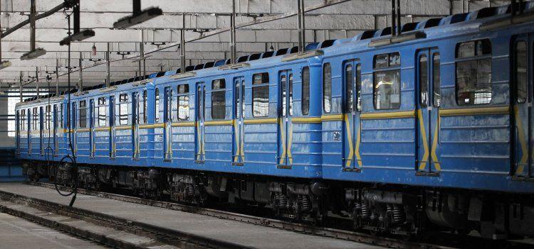 Роботу метро продлят
